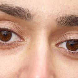 العيون - очи