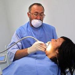 hammaslääkäri - 牙醫