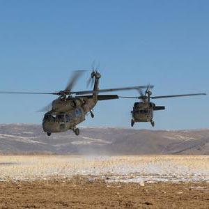 un elicottero - helikopter