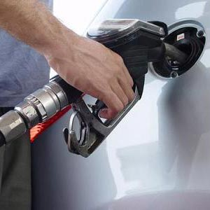 benzin - benzină